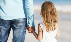 father-and-daughter-holding-hands-20160414100305.jpg-q75,dx720y432u1r1gg,c--